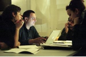 Iaquone con partecipanti al laboratorio, foto di Federica Bezzoli/ShylockCUT